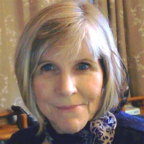 Veronica Esagui s Author Page   Home   Facebook