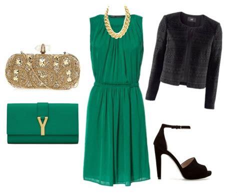 vestido verde botella zapatos color