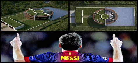 Video: La casa de Messi podría tener aspecto de cancha de ...