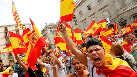 Video: manifestaciones contra la independencia de Cataluña ...
