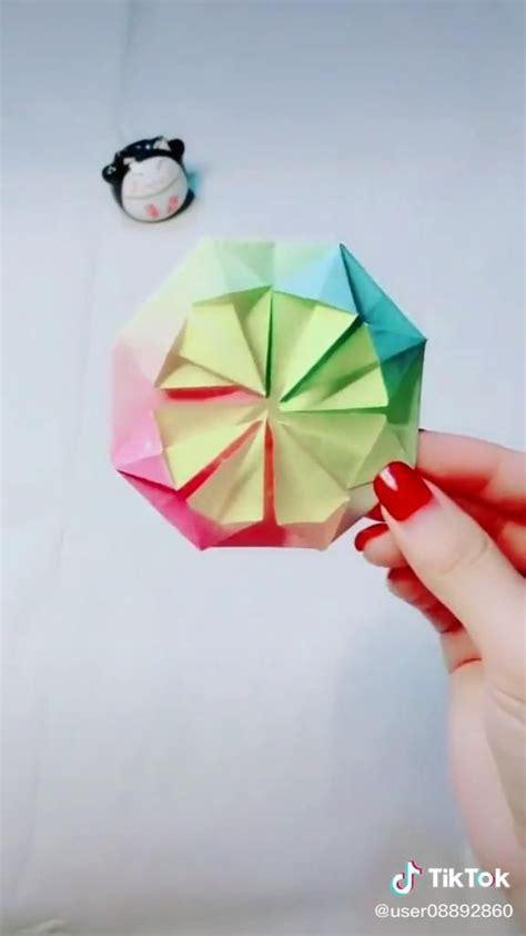 Video origami. DIY. [Video] in 2020   Origami cube ...