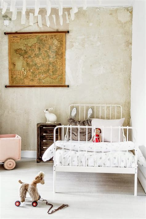 Vintage Bedroom for Kids   Petit & Small