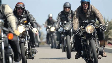 Vintage Style: Cafe Racers   The Downshift Episode 19 ...