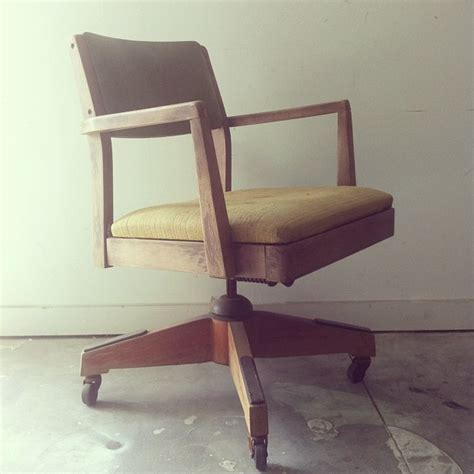 Vintage Wood Office Chair Makeover With Stain And ...