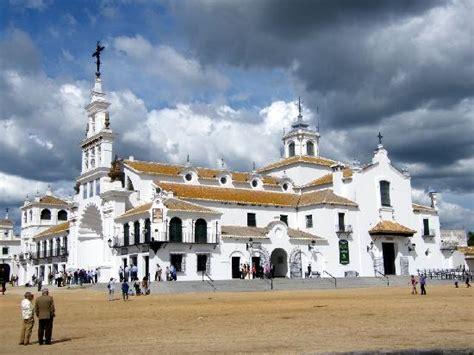 Virgin of El Rocio  Almonte    2020 Alles wat u moet weten ...