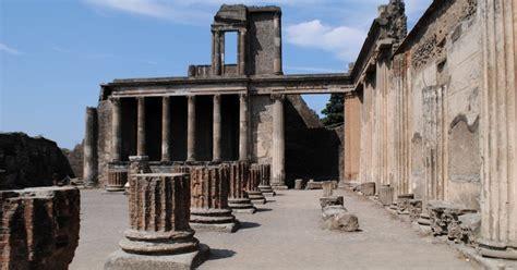 Visita a Pompeya y Vesubio día completo desde Sorrento ...