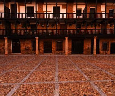 Visita San Carlos del Valle | TCLM
