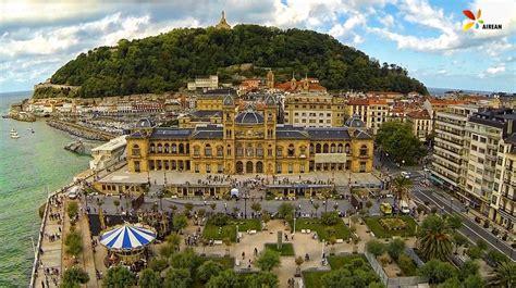 Vista de pájaro del Ayuntamiento de Donostia San Sebastián ...