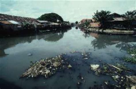 vitalH2O573: Fuentes de contaminacion del agua