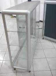 vitrinas en aluminio nuevas y usadas   clasificados