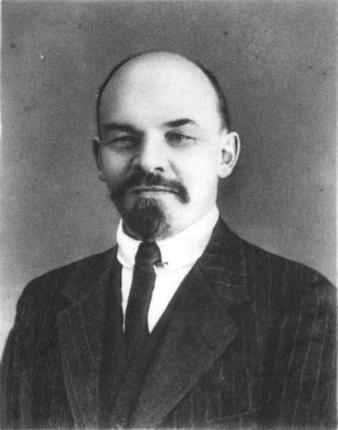 Vladimir Iljič Lenin – Wikipedie