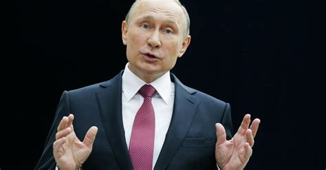 Vladimir Putin: Fans expect more from Russia s soccer team