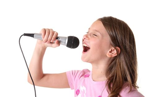 VOCAL & SINGING LESSONS in TORONTO for All Ages