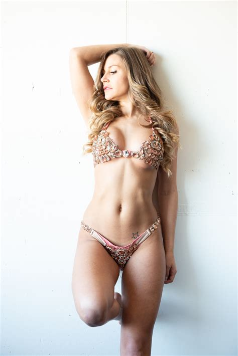 volson5 Female Model Profile   Milwaukee, Wisconsin, US ...