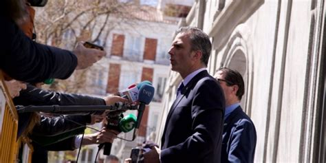 VOX se querella contra Ferrán López y otros mandos de los ...