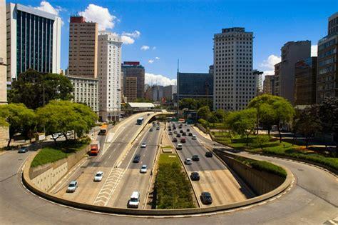 Vuelos, trenes, autobuses y transporte publico en Sao Paulo