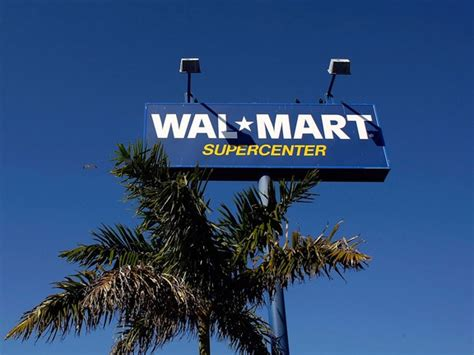 Wal Mart: Empty shelves plague stores as shoppers go to ...