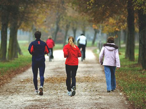 Walking vs. Running: Which is Better for Your Health?