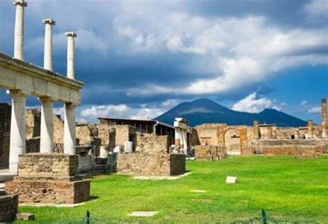 Walks of Italy  Pompeii    2019 All You Need to Know ...