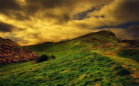 wallpapers: Grassy Hills Wallpapers