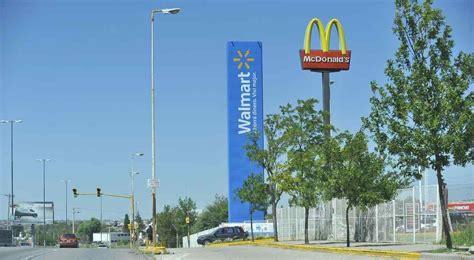Walmart Argentina, en venta: busca un socio o un comprador ...