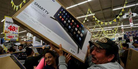 Walmart inventory problems slow online sales growth ...