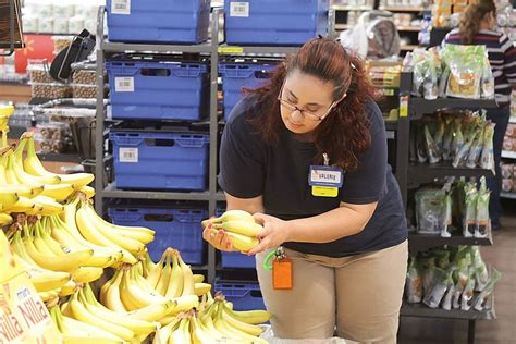 Walmart launches online grocery ordering, curbside pickup ...