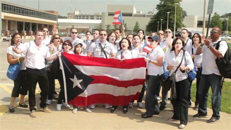 Walmart Puerto Rico Associates Do the Walmart Cheer   YouTube