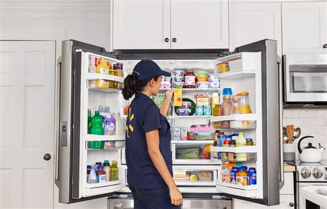 Walmart rolls out InHome direct to fridge grocery delivery ...
