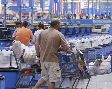 Walmart shoppers to get new checkout option – on staff ...