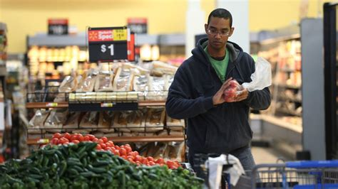 Walmart to launch grocery delivery next week in Chicago ...