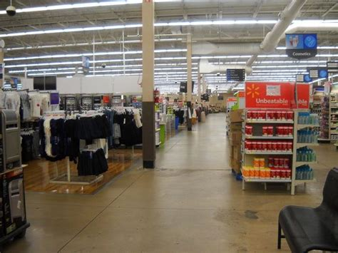 Walmart to require face masks at all U.S. stores ...