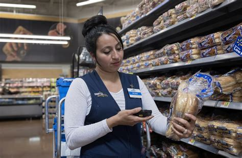 Walmart's Custom Apps are Enabling a Workplace Refresh
