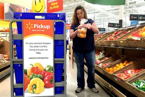 Walmart's online grocery shopping service will now accept ...