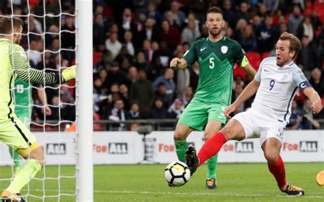 Watch: last minute Kane goal sends England to World Cup