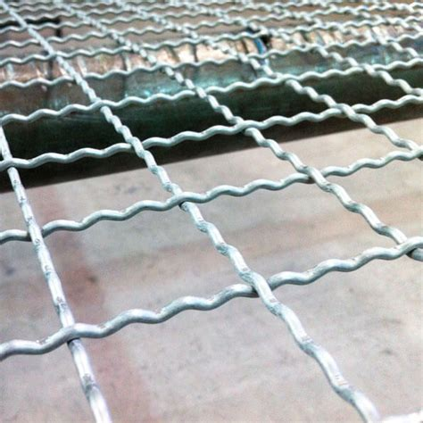 WELDED MESH AND WIRE MESHES