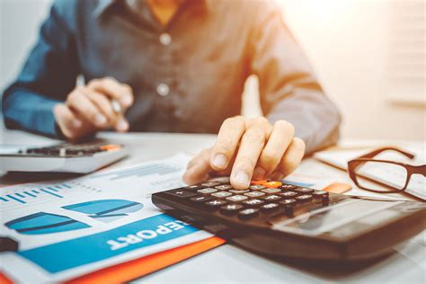 What is FTE and How to Calculate [+ Free FTE Calculator]