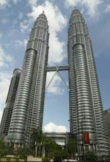 What is the highest twin tower building in the world?   Quora