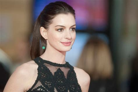 What Makes up the Anne Hathaway Net Worth? Here s What We ...