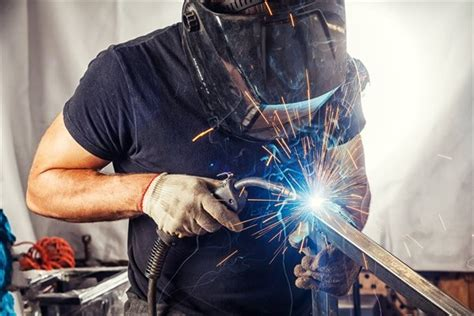 What Types of Welding Careers Are Hot Right Now?