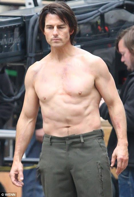 What's Up With Tom Cruise's Torso? | Broadsheet.ie