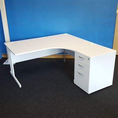 White Radial Desk | Used Office Furniture | City Used ...