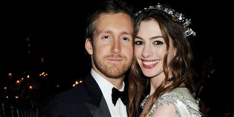 Who Is Adam Shulman?   Anne Hathaway s Husband Facts