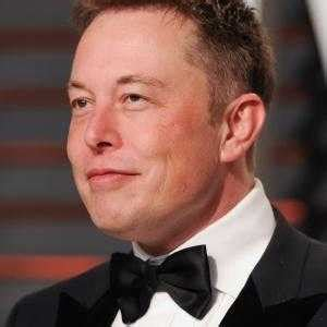 Who is Elon Musk, CEO of SpaceX? Elon Musk Bio, Facts ...