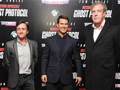 Who said height matters? Tom Cruise poses with Hammond and ...