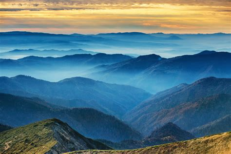 Why are Australia s Blue Mountains blue? | Travel Trivia