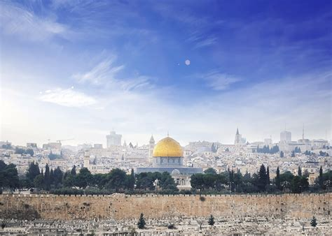 Why does Google say Jerusalem is the capital of Israel?