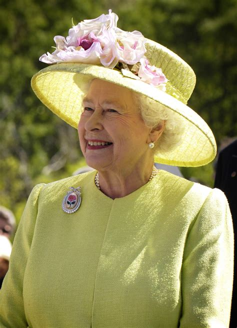 Why is 91 year old Queen Elizabeth II a Strong Woman?