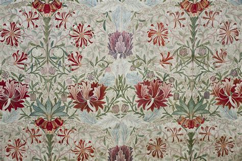 William Morris and Company: The Arts and Crafts Movement ...