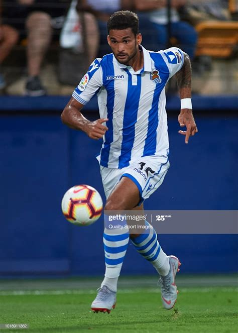 Willian Jose of Real Sociedad runs with the ball during ...